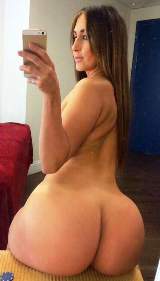 Sexy female big butt naked