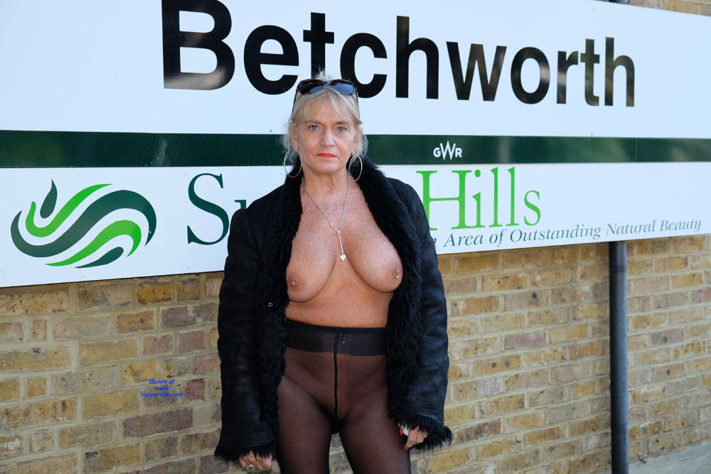 Large tits in public