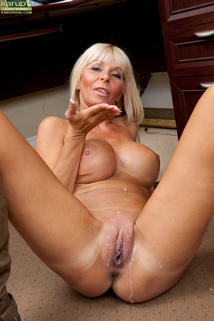 Older woman shaved pussy clit ring